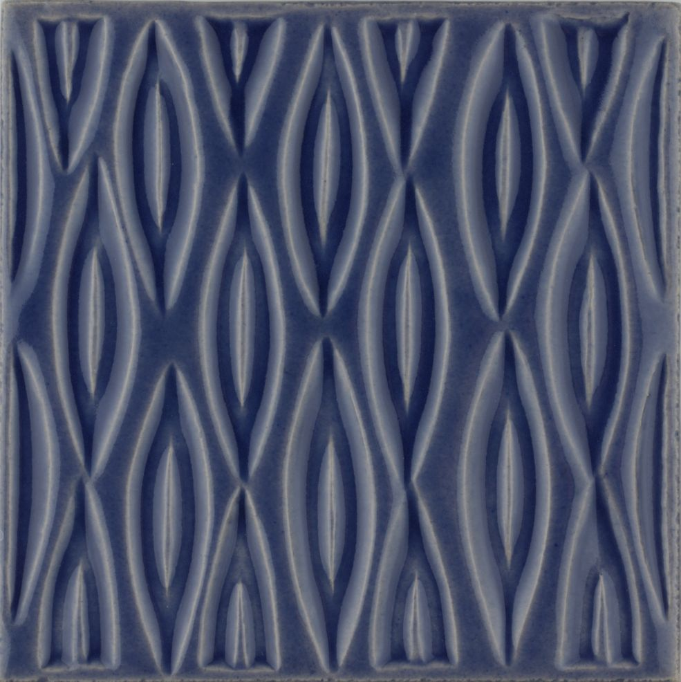 Hand made Maugersbury Lattice Lavender tile