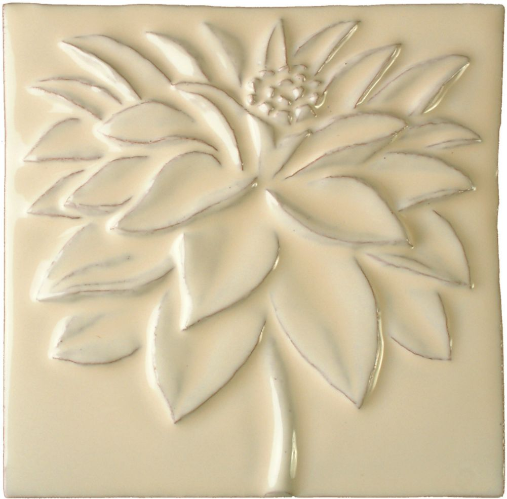Hand made tile - Dahlia cream