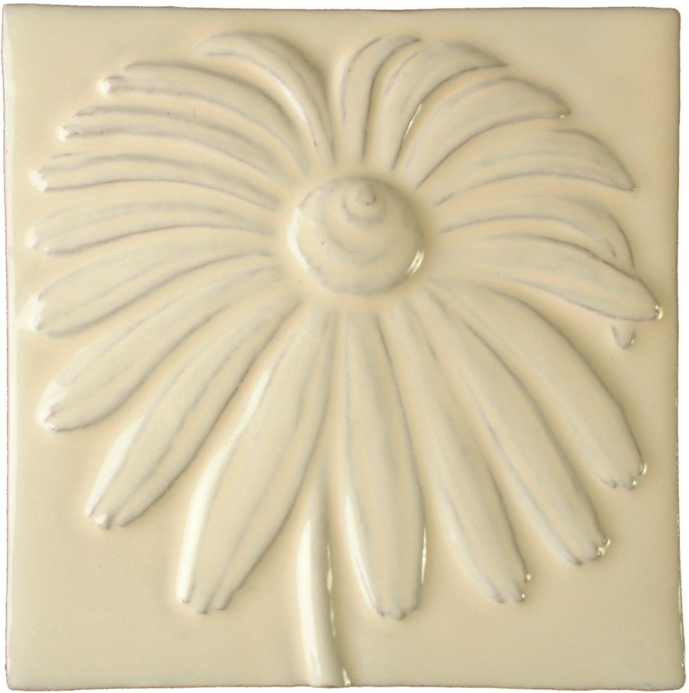 Hand made tile - Daisy cream